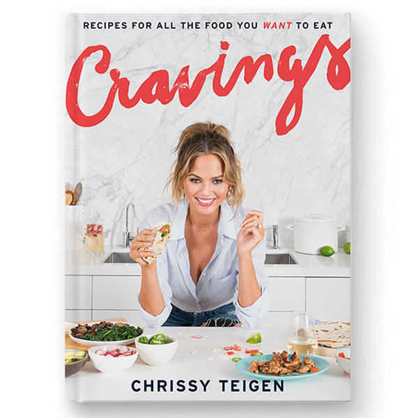 Крисси Тейген выпустила книгу