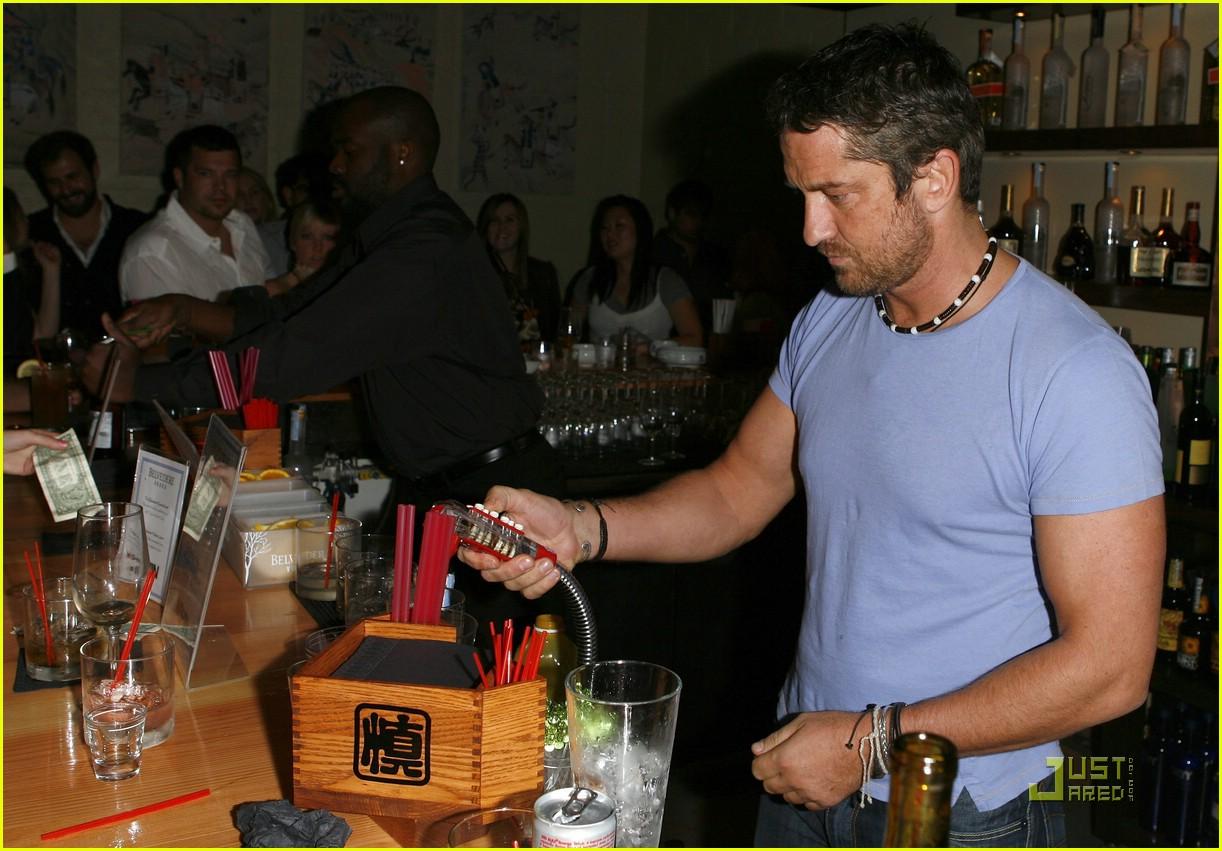 Джерард Батлер и его ресторан Shin